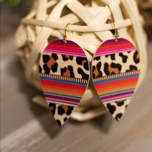 🍁New Arrival🍁 Wild Leopard Serape Earrings